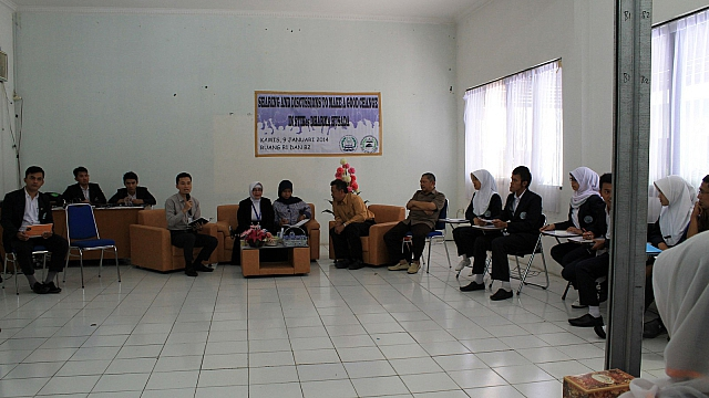 Diskusi Kampus 14_1